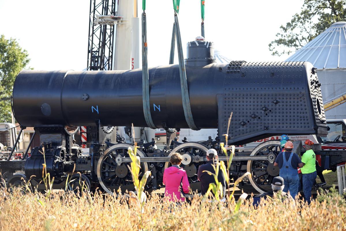 1385 steam locomotive