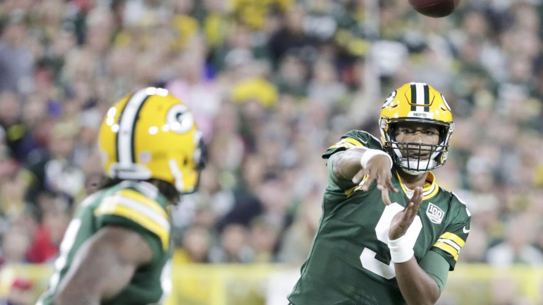 e73c3bea05f For Packers' DeShone Kizer, uncertainty about Aaron Rodgers means being  ready — and avoiding devastating turnovers | Pro football | madison.com