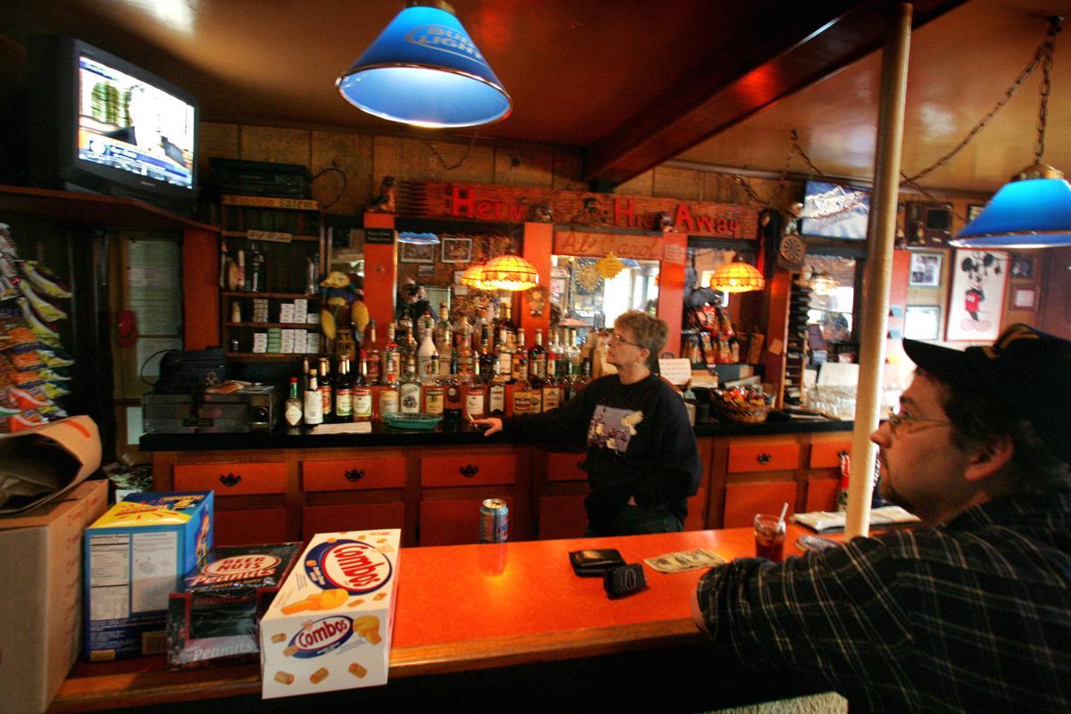 Mishicot tavern