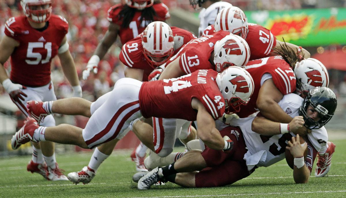 The concussion question: Ex-UW players find unconventional methods for improving brain health