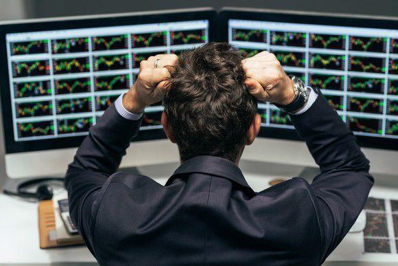 OptionsHouse vs Interactive Brokers: individualių pensijų sąskaitų palyginimas