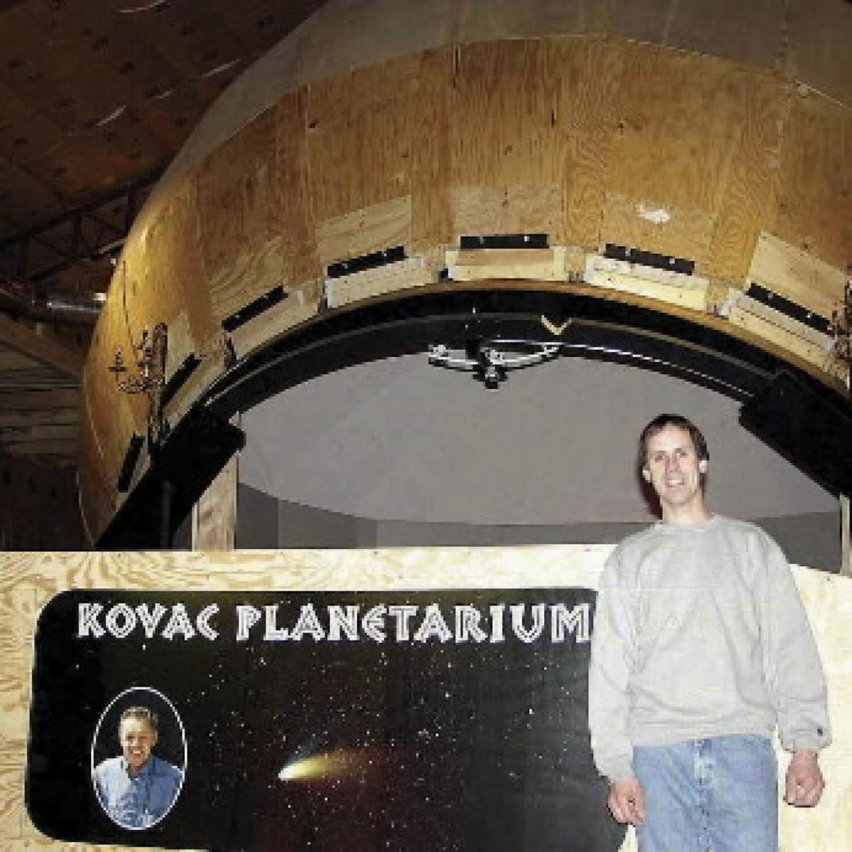 Amateur astronomer builds a planetarium, opens it to
