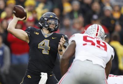 Badgers football: Spurned by UW, former Menomonie quarterback Nate