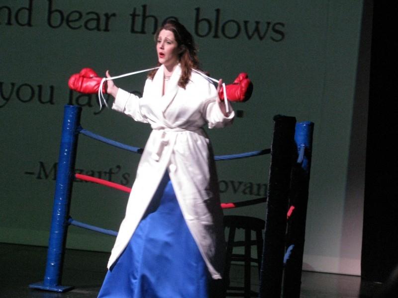Dueling Divas, Crystal Buck
