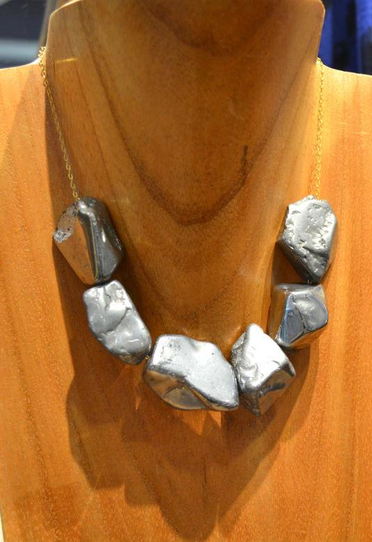 Neena necklace