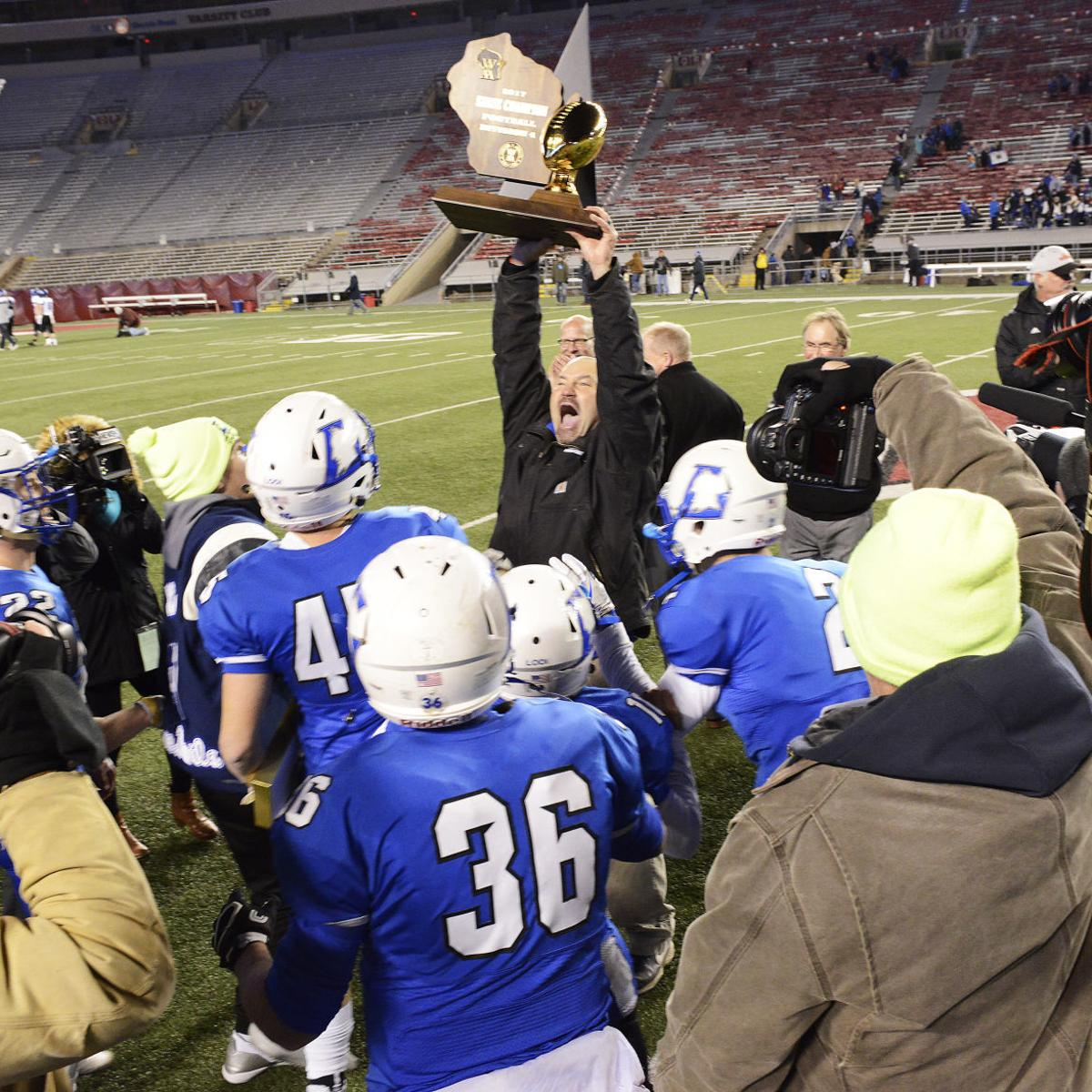 Prep football: WIAA and state coaches release an updated