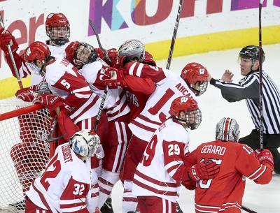 Wisconsin-Ohio State hockey
