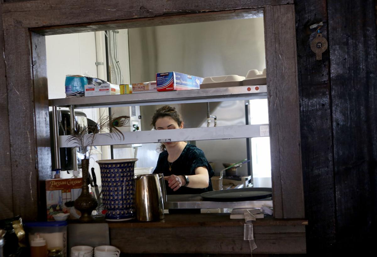 3/13/2019: Restaurant Staffing Crisis