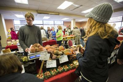 INDOOR FARMERS' MARKET