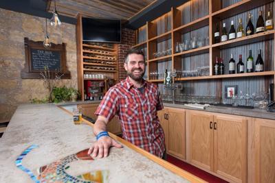 Luke+at+Restaurant.jpg