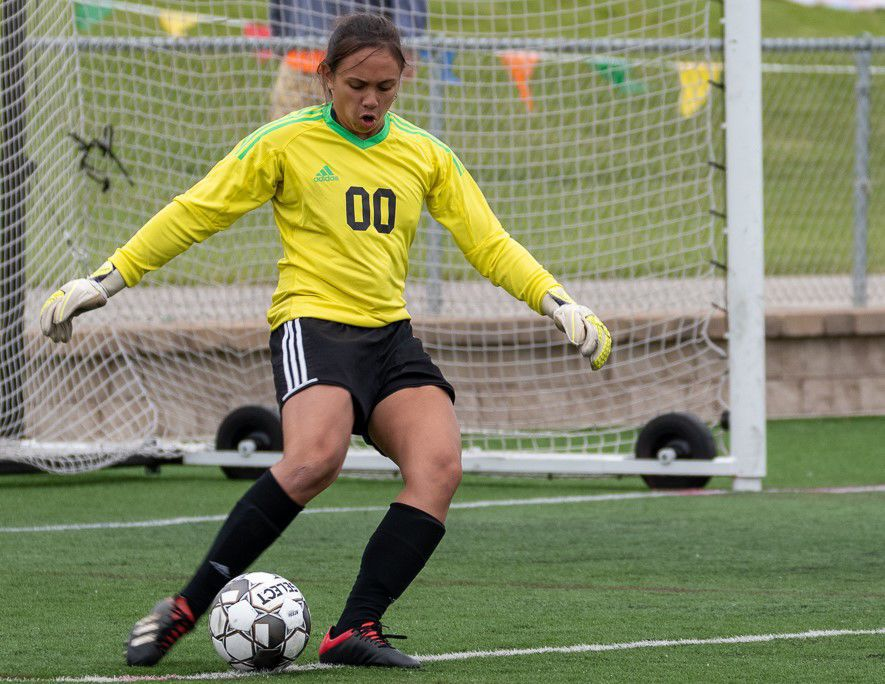 Prep girls soccer photo: Oregon goalkeeper Melia Moyer