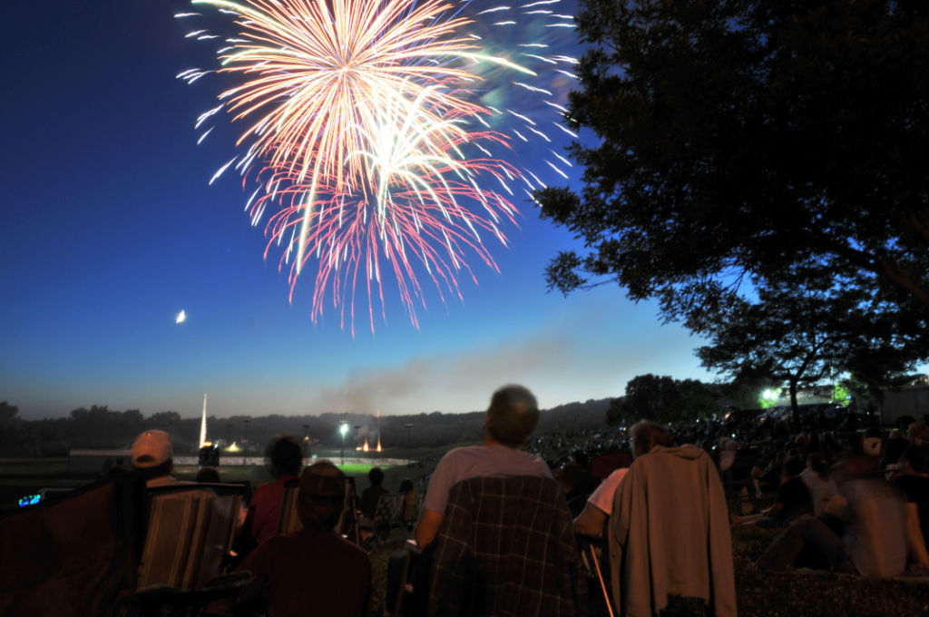 Festival Foods brings fireworks back to Baraboo | Local News ...