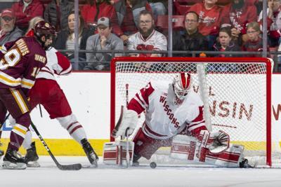 How sweep it is: Badgers men's hockey team beats Minnesota Duluth again
