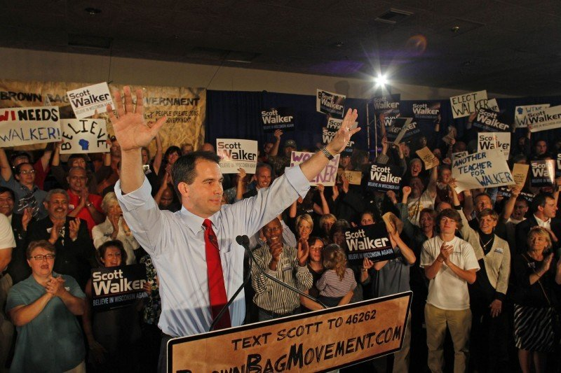 Candidate Scott Walker wins primary 9/14/10 file photo