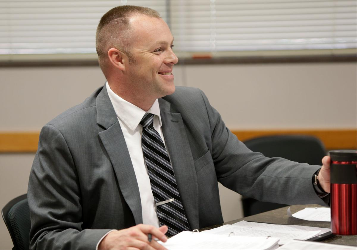 Ethics Commission administrator calls for investigation into himself