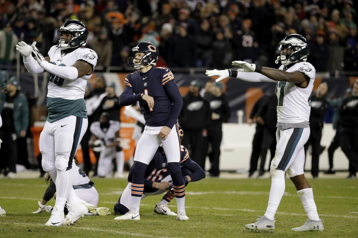 Cody Parkey watches missed kick in playoffs, AP photo