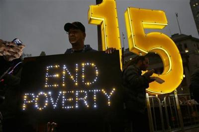 New York governor raising minimum wage for state employees (copy)