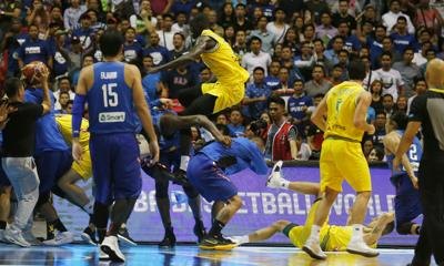 5dca8df7c Australian assistant Luc Longley blames Philippines coach for on ...