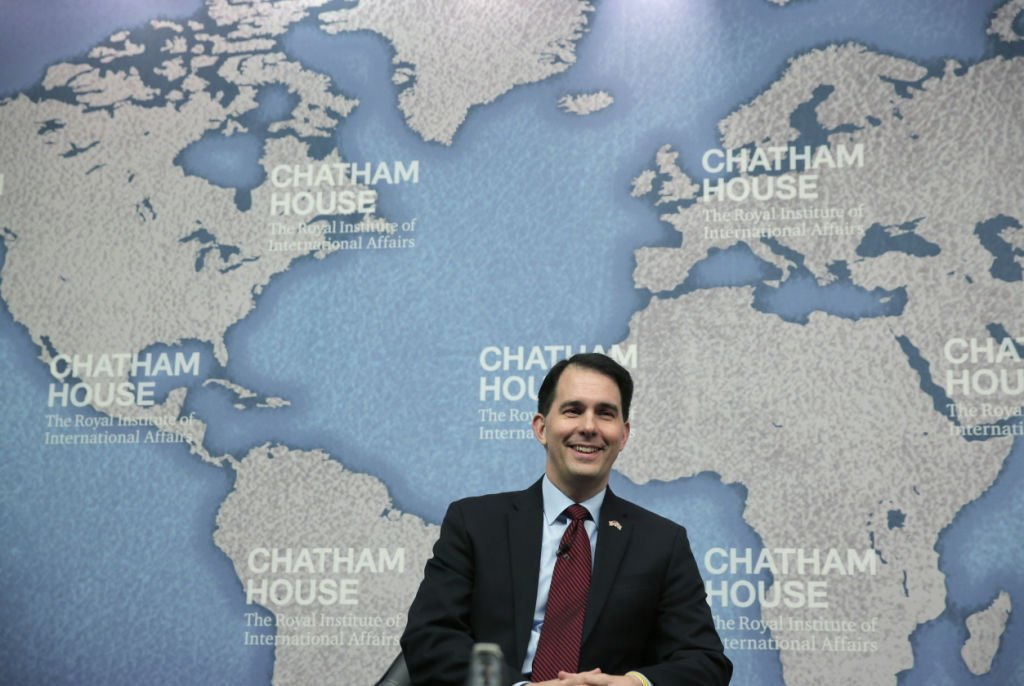 Gov. Scott Walker criticized for Canadian wall comment