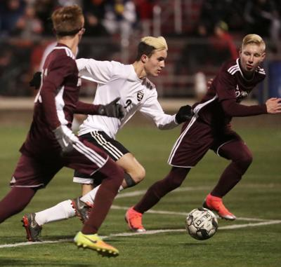 Prep boys soccer photo: Oregon's Collin Bjerke
