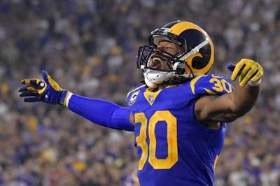 Goff has 465 yards, 5 TDs, propels Rams past Vikings, 38-31