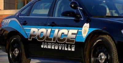 Update: Man killed in 2-vehicle crash in Janesville