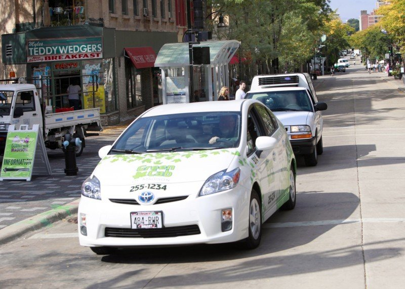 Green Cab Madison >> Green Cab Fleet Rolls Onto Madison Streets Madison Wisconsin