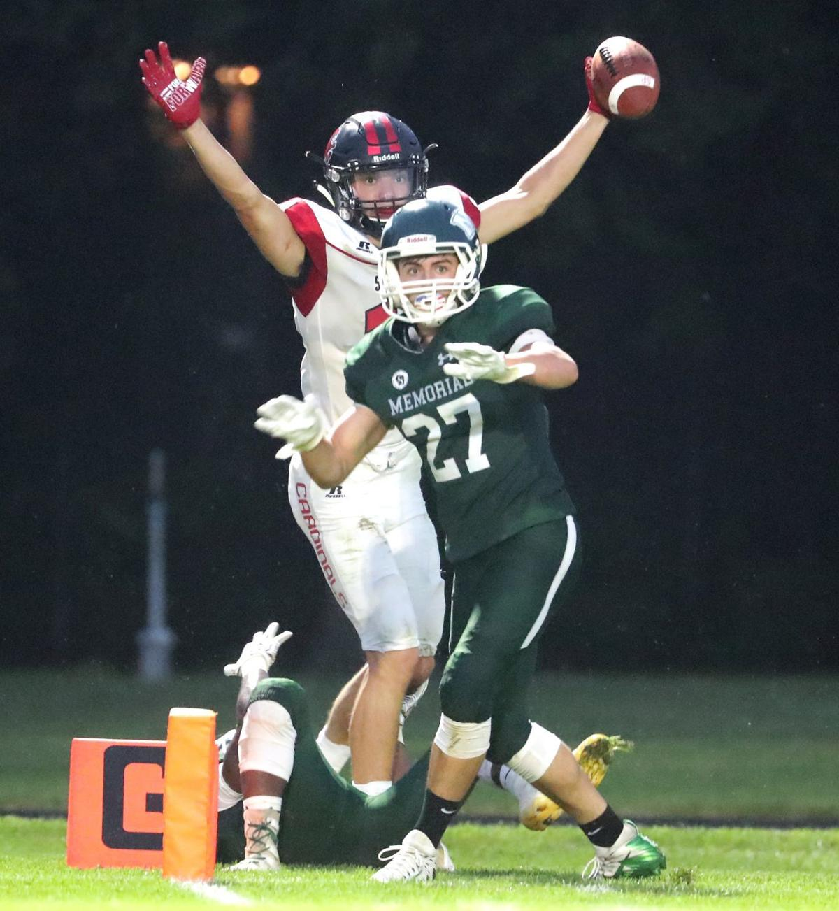 Prep football photo: Sun Prairie's Cooper Nelson makes a touchdown catch