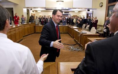 Walker Caucus 1-11-4-10.jpg