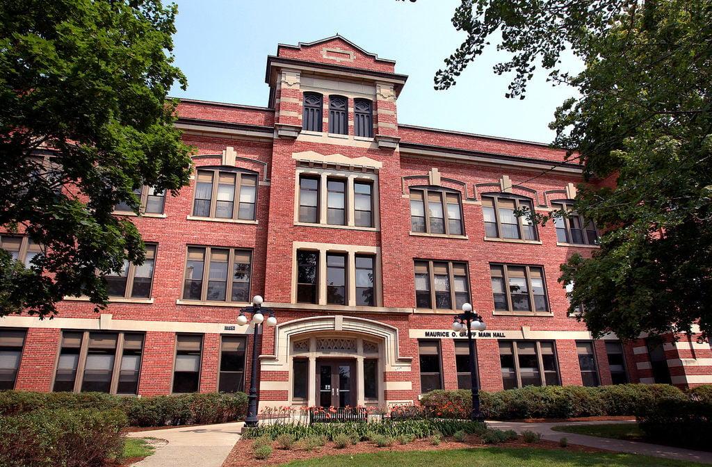 UW-La Crosse Main Hall (copy)