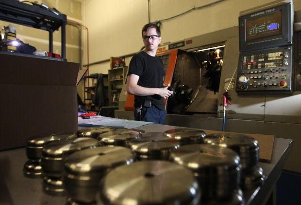 Swift Manufacturing lathe operation image