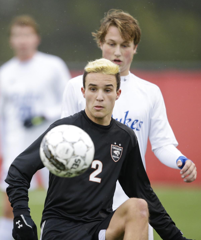 WIAA boys soccer photo: Oregon's Colin Bjerke