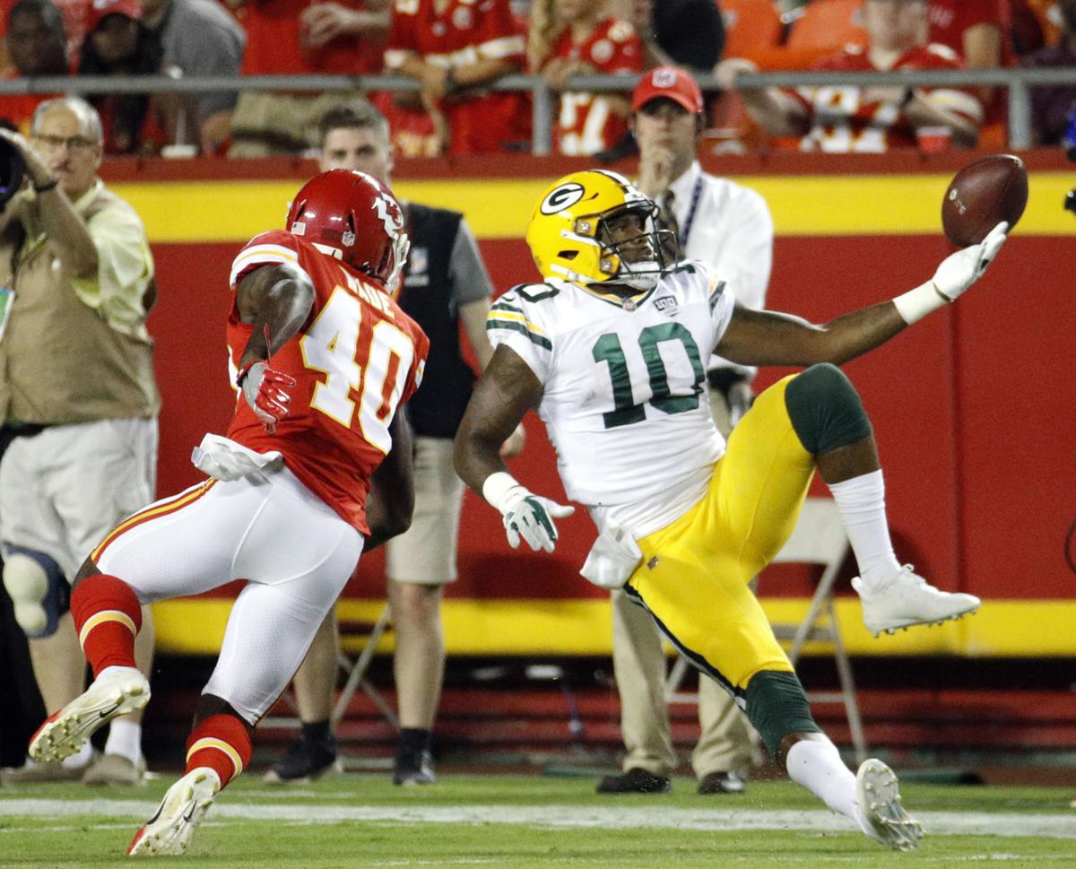 premium selection ba9ea 4c1bc Photos: Chiefs down Packers 33-21 in preseason finale | Pro ...