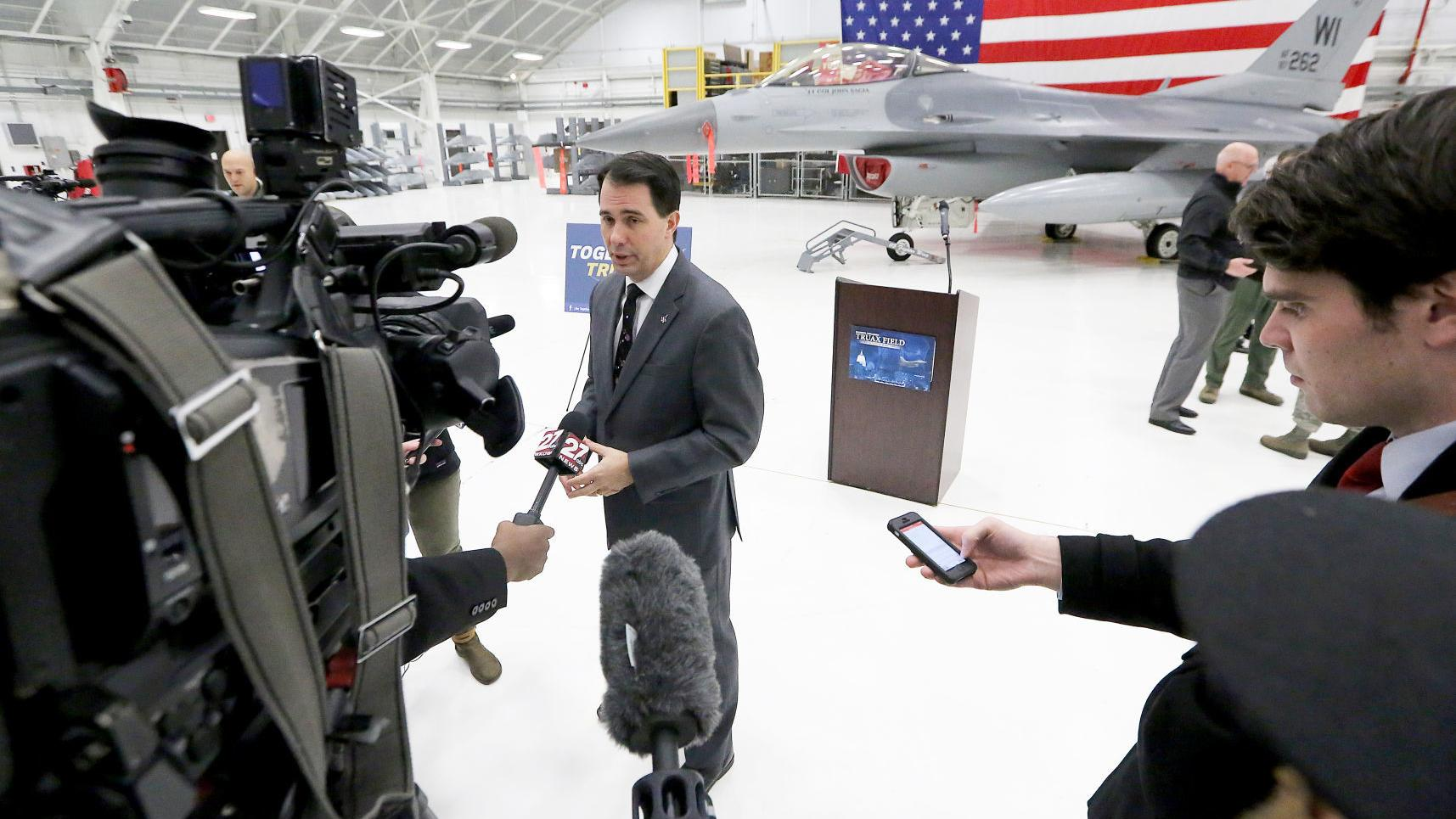Scott Walker's flights in years after presidential run cost state taxpayers $818,000