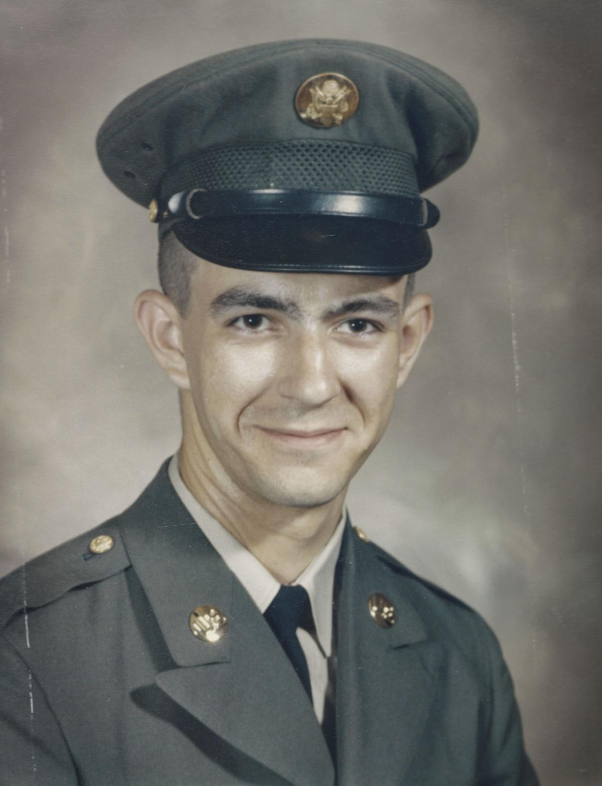 Vietnam helicopter pilots rebuffed on memorial mission | Local News