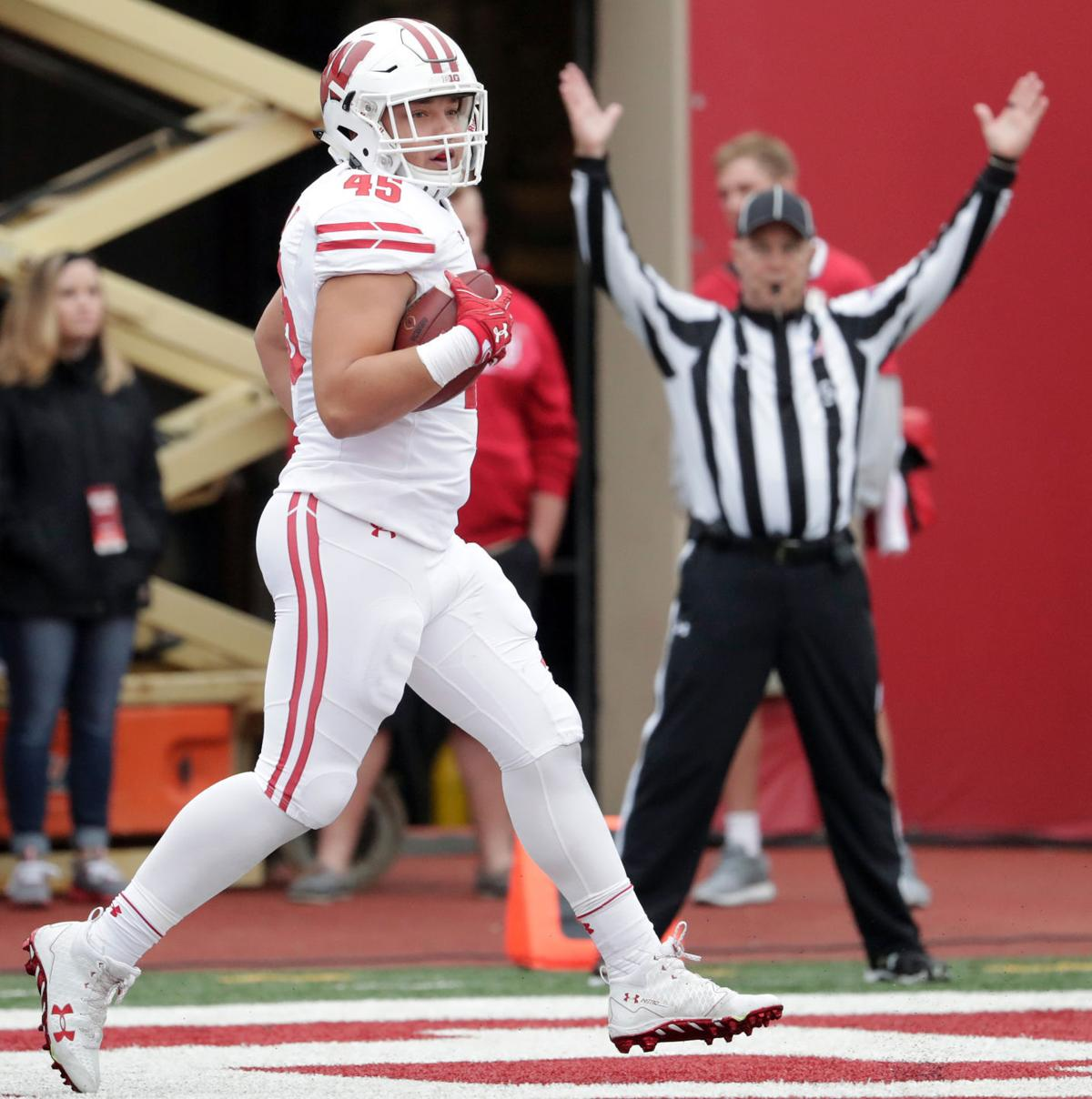 Alec Ingold TD against Indiana, State Journal photo
