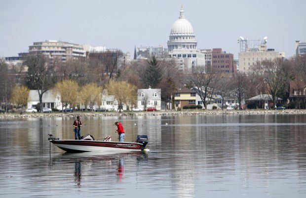 Fishing before the Capitol