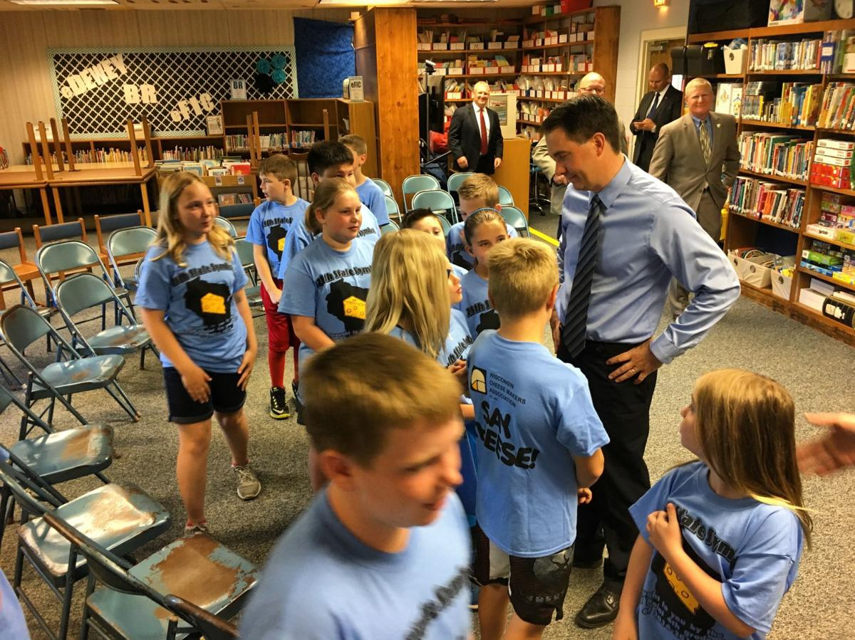 Scott Walker at Mineral Point Elementary