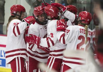 e977ca5360f Wisconsin Badgers back atop national women's hockey rankings after ...