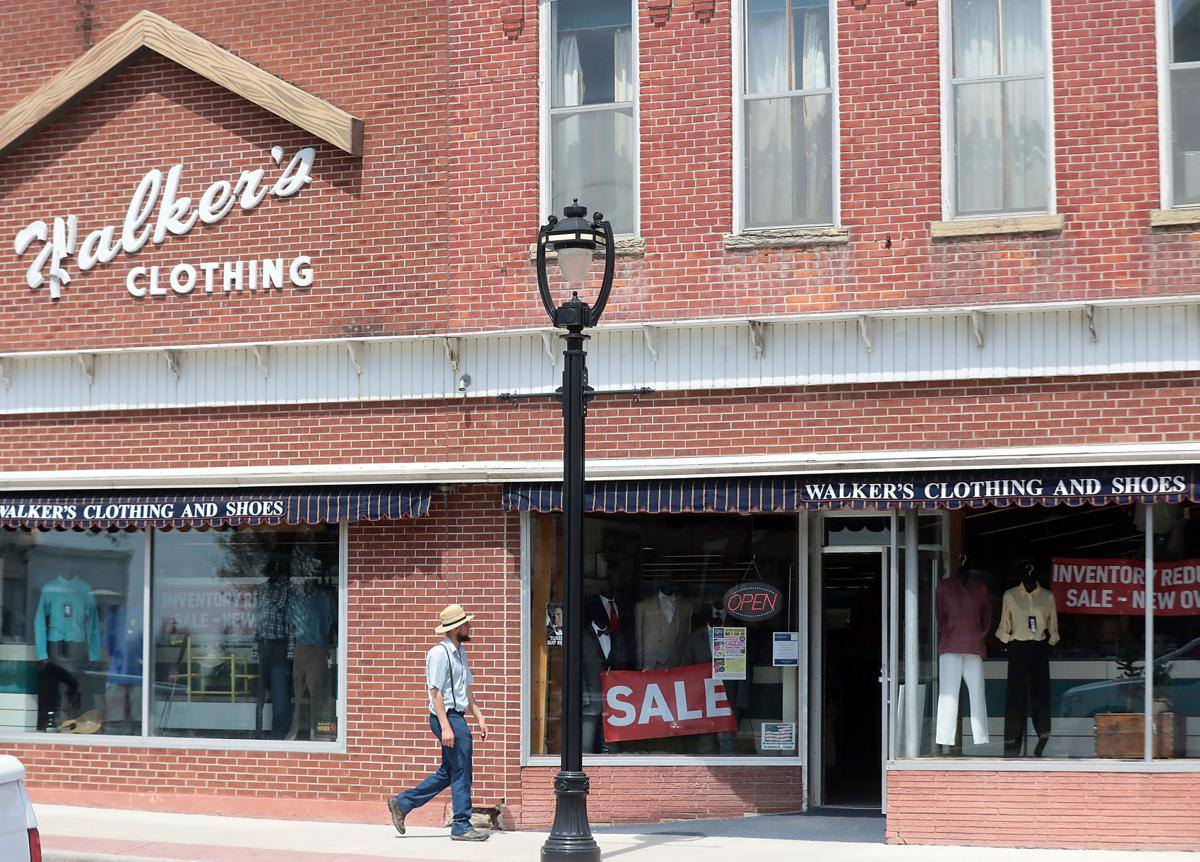 Walker's Clothing & Shoes