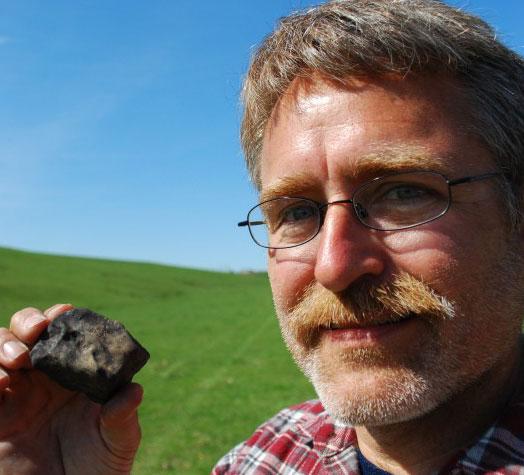 Southwest Wisconsin News >> Meteorite Hunters Flock To Southwest Wisconsin Local News