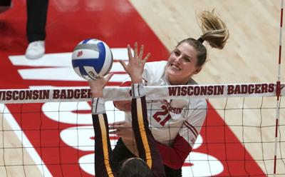 Grace Loberg elevates her game for No. 6 Badgers volleyball team