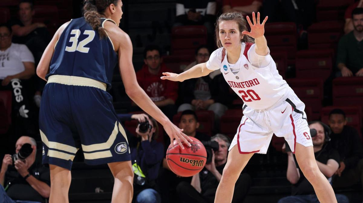 Women's college basketball photo: Stanford's Estella Moschkau