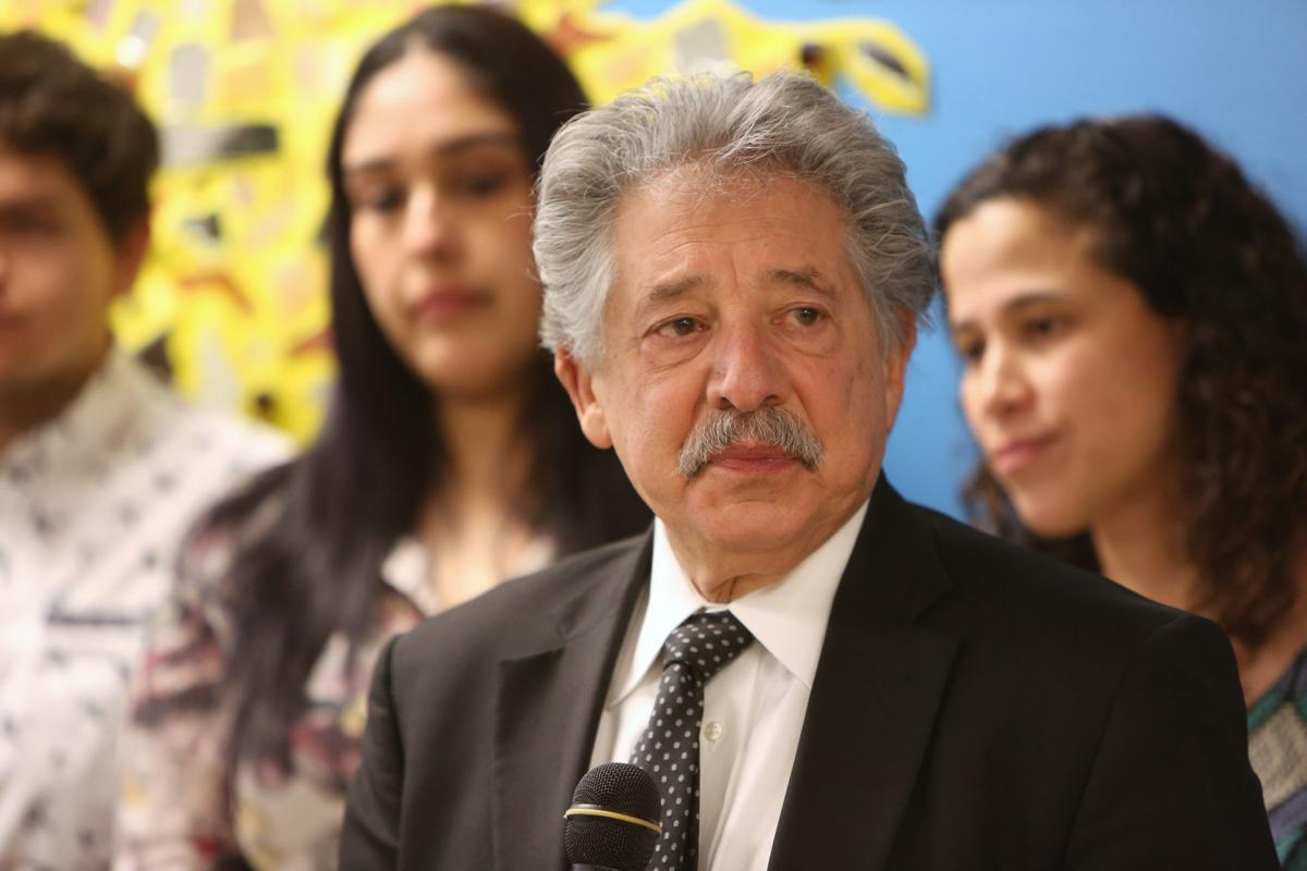 Quick Someone Give Paul Soglin Bag Of >> 50 Years Ago This Month Paul Soglin Ushered In A New Politics