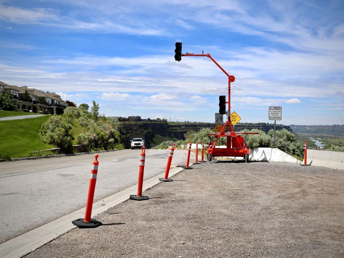 Canyon Springs Grade closure