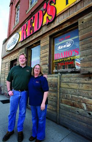 Red's loses its gun license