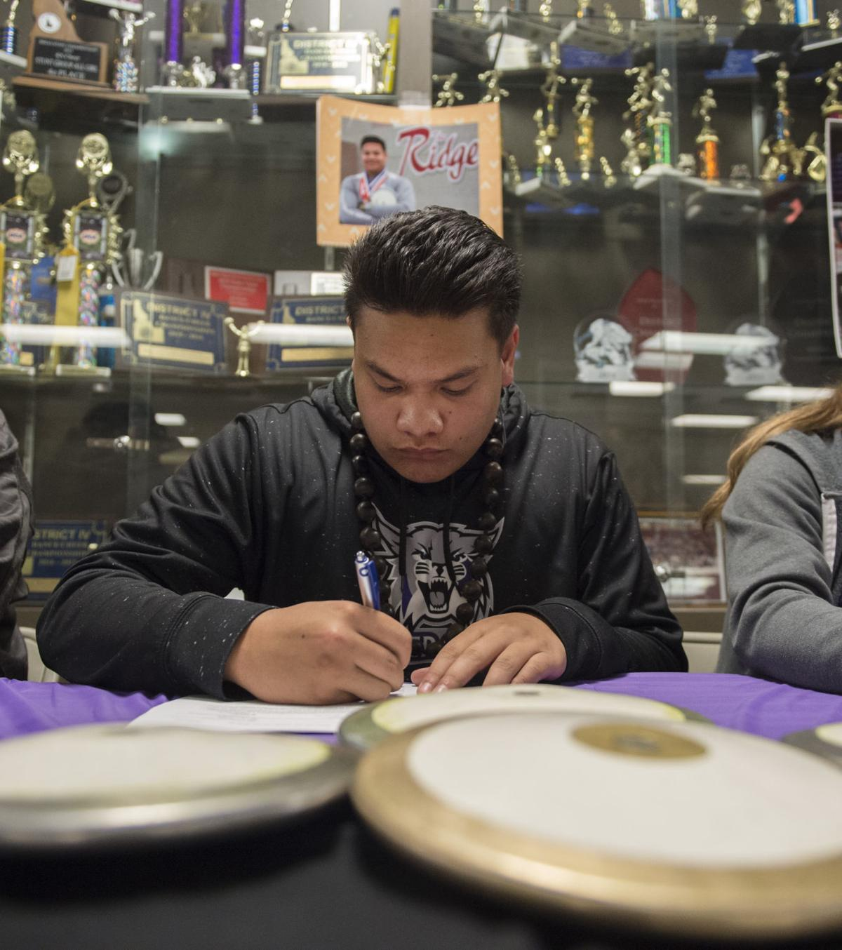 Twin Falls T&F stand-outs sign with Weber