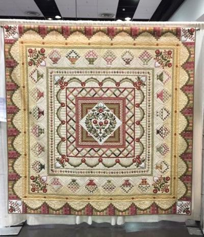 Kim Radabaugh's 'Ruffled Roses' quilt