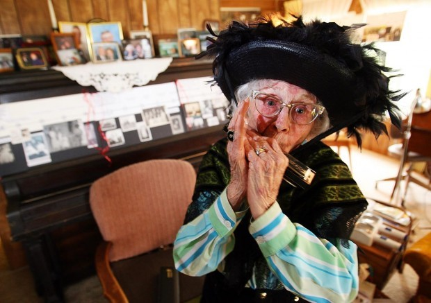 Dorothy Custer: Clowning around for 100 years