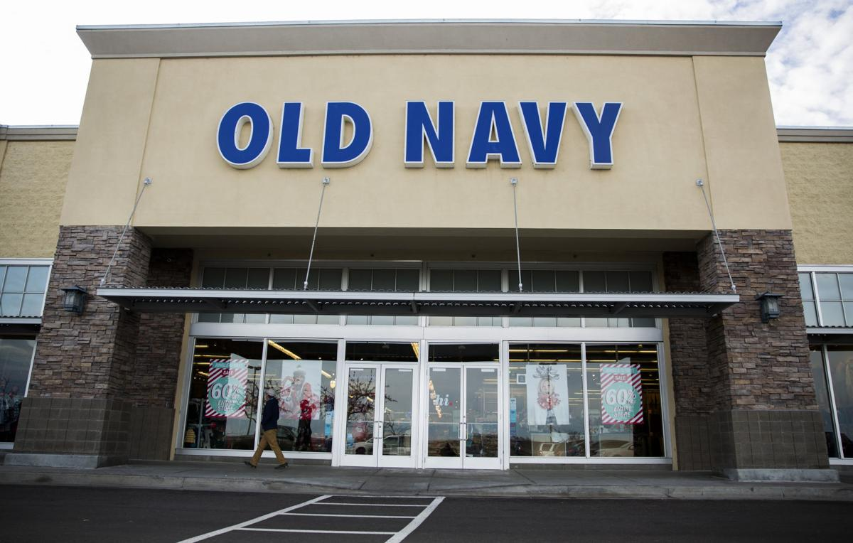 Old Navy closing
